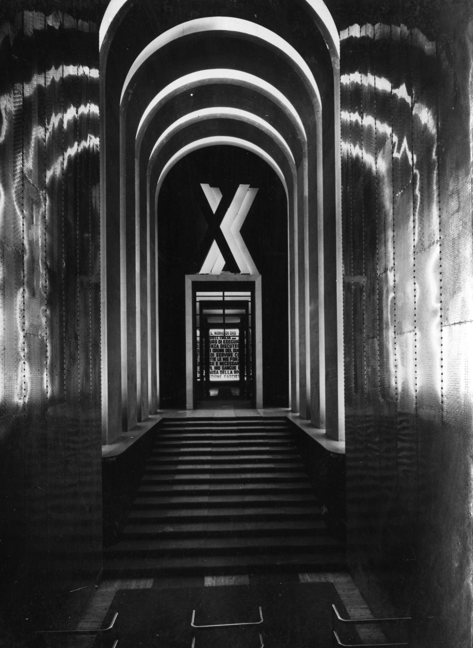 Facciata e ingresso per la Mostra del decennale della rivoluzione fascista al Palazzo delle Esposizioni in via Nazionale, Roma