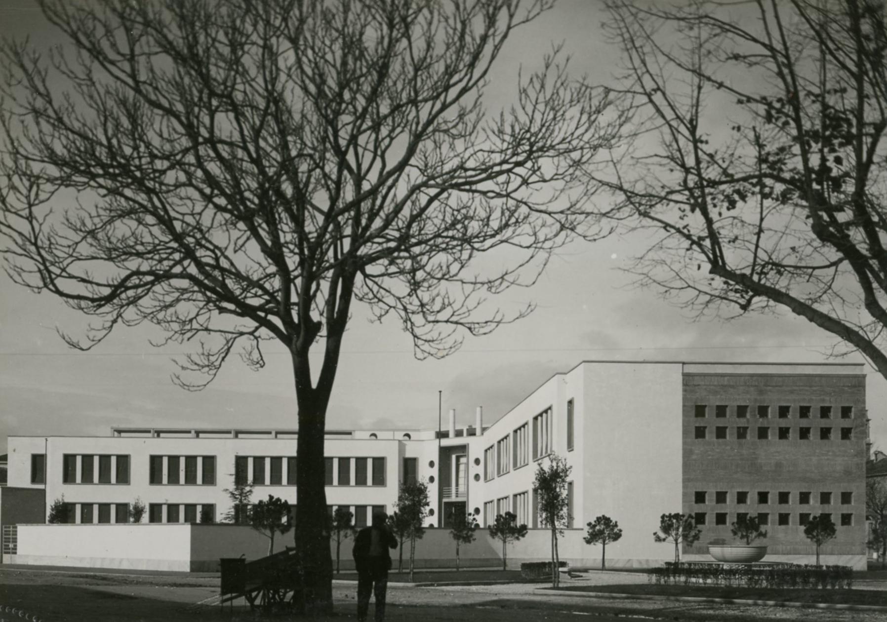 Scuola elementare Filippo Corridoni, Fano