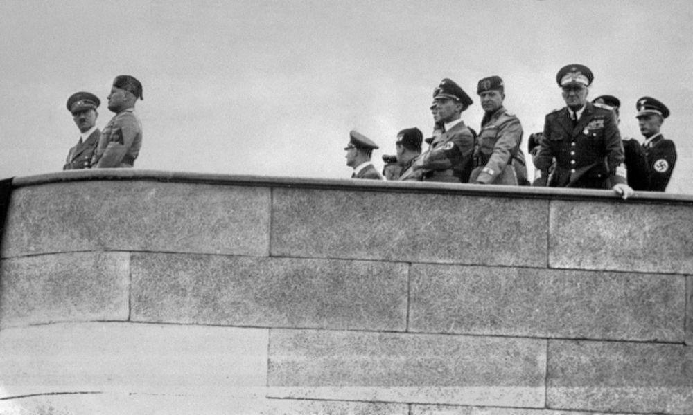 Roma, 4 maggio 1938<br>La visita di Hitler al campo aereo di Centocelle